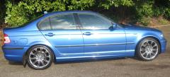 2004 BMW 325 Sport looking nice in the sun